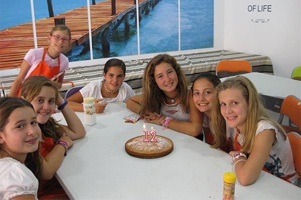 cumpleaños kitchen academy