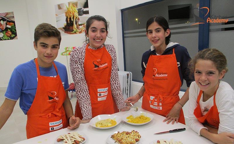 jóvenes y cocina