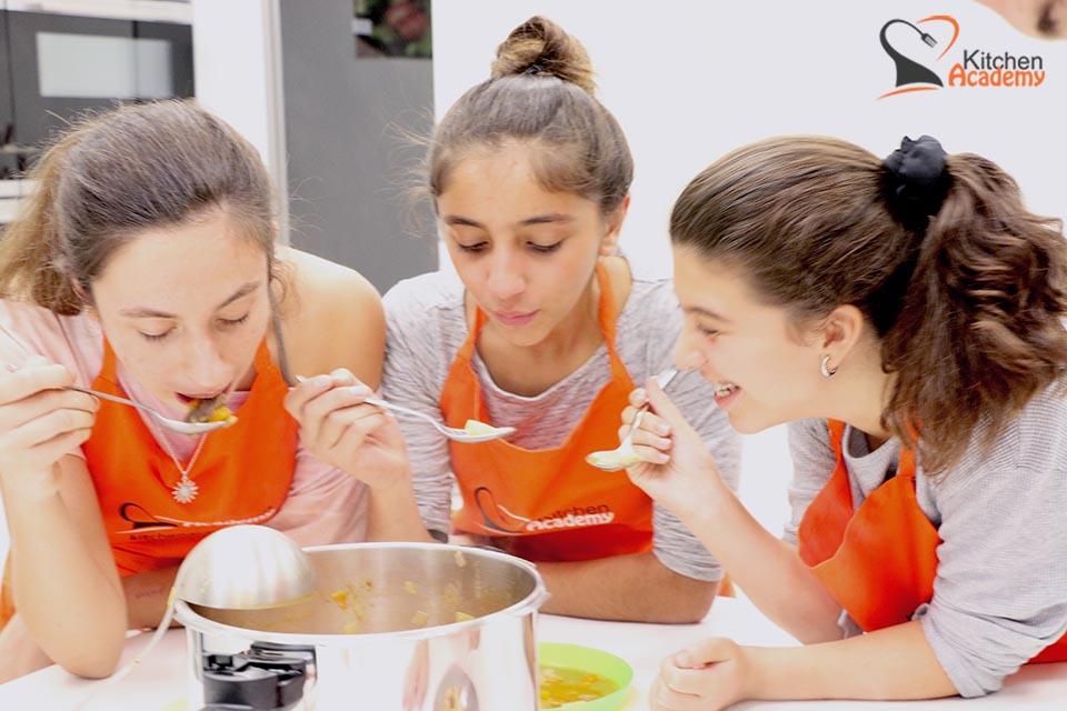 Emprender franquicia - Kitchen Academy