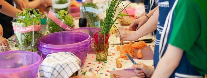 ¿Por qué es bueno que vayan a una escuela de cocina desde pequeños?