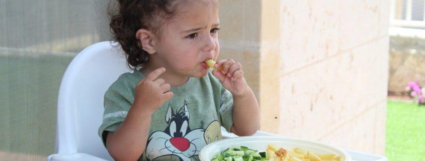 Verduras, frutas y niños